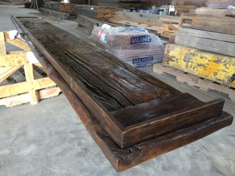Bar top with threshing floor boards