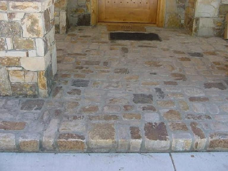 Telluride Gold Tumbled & mixed size Cobbles